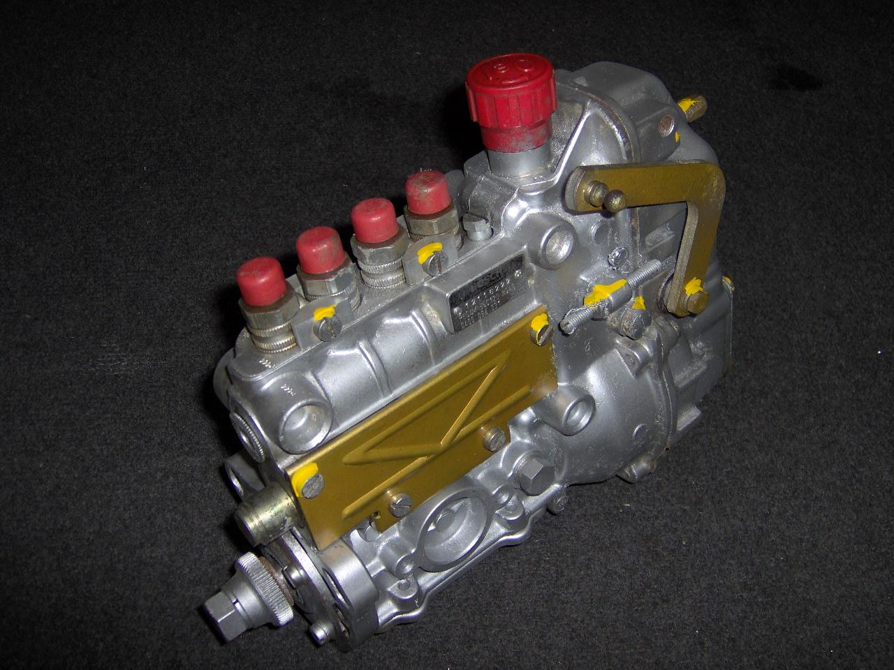 Fabelhaft EGU] - Mercedes - Einspritzpumpe - OM616.915 - Bosch - 0400064031 @YB_11